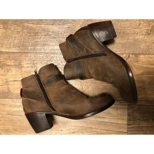Brown B.o.c. Shea Ankle 654 Taupe size 8.5